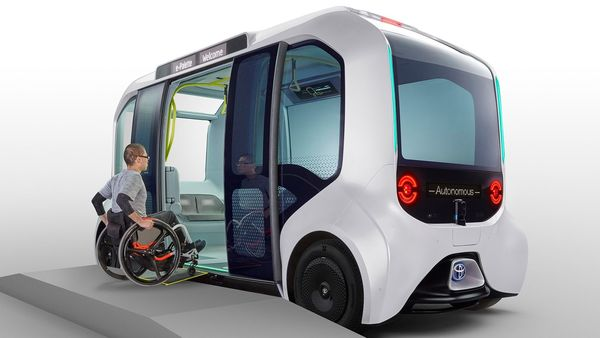 The autonomous vehicle can accommodate up to 20 passengers at a time, including an operator. It can also accommodate four passenger on wheelchairs while seven others can stand.