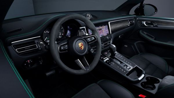 The GTS also features new centre console. A new, shorter selector lever sits in the centre while the 10.9-inch full HD touch display gets Porsche Communication Management and supports voice commands. (Porsche)