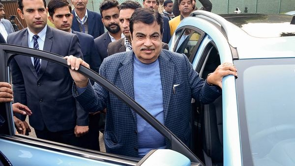 NHAI awarded 31 projects of 890 km length at a cost of ₹26,322 crore from April to August 2020, said Gadkari. (PTI)