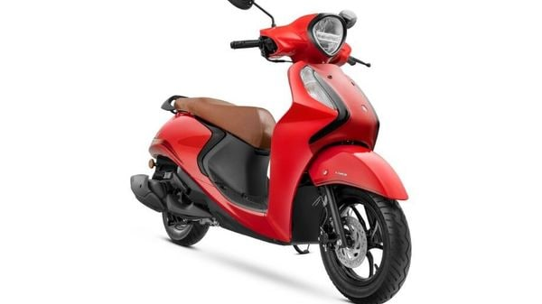 Yamaha Fascino 125 FI Hybrid has been launched in the Indian market.