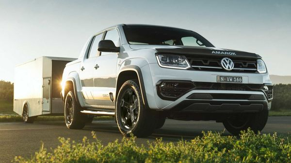 Being a high-end special edition off-roader, the pickup gets a host of equipment onboard.