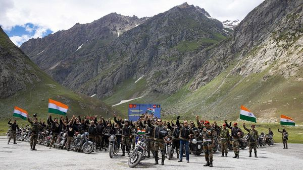 Indian Army soldiers part of the Dhruva Kargil Ride on the occasion of Kargil Vijay Diwas.