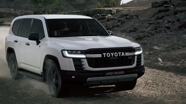 2022 Toyota Land Cruiser 300 comes with improved off-road capabilities.