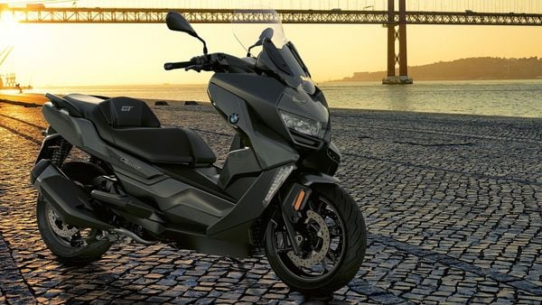 When launched, expect the new 2021 BMW C 400 GT to be priced over ₹ 5 lakh (Ex-showroom).