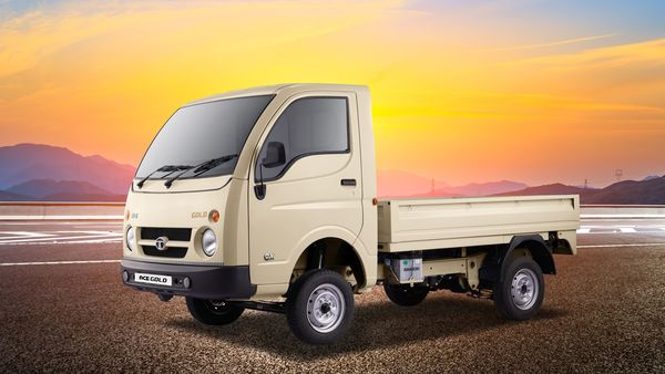 The Tata Ace Gold Petrol CX variant sources power from a 694cc 2-cylinder engine. (Tata Motors)