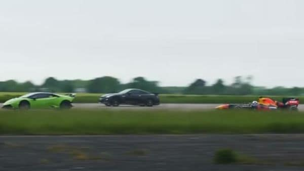 A Lamborghini Huracan, a Nissan GTR and a RB7 were pitted against each other for a drag race. (Image: Youtube/carwow)