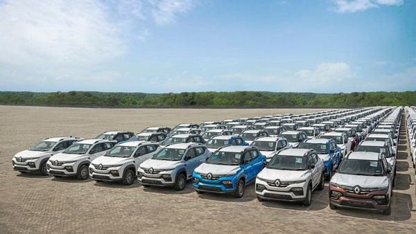 The first batch of Renault Kiger line up for export to South African market.