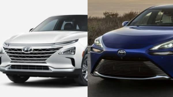 2021 Hyundai Nexo fuel-cell vehicle (L) and oyota Mirai Gen 2 fuel-cell model (R)