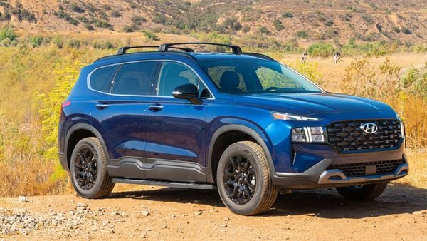 Santa Fe XRT gets a matte black grille, among other visual highlights.