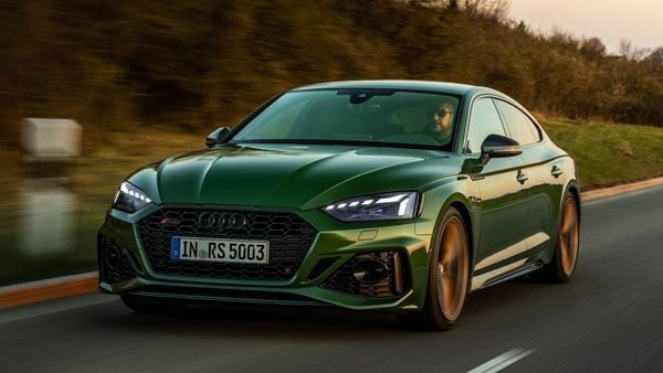 Audi RS 5 Sportback matches its sporty and sleek profile with some very serious performance capabilities.