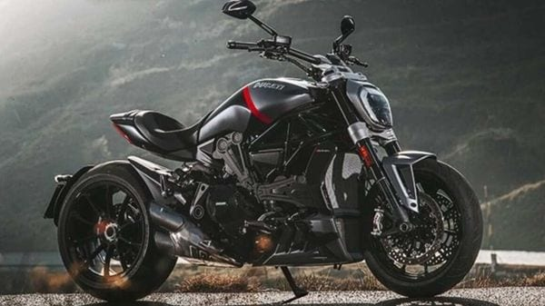 Internationally, the 2021 Ducati XDiavel is featured in two variants - Dark and Black Star.