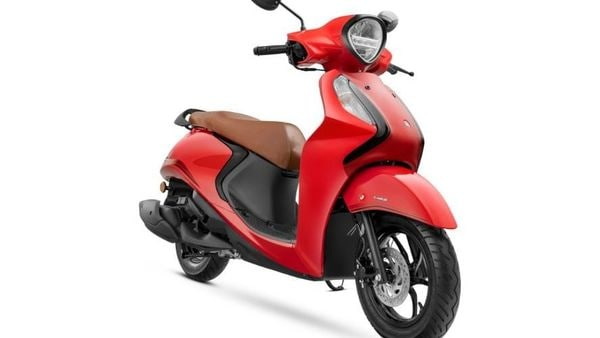 Yamaha Fascino 125 FI Hybrid has been recently launched in the Indian market.