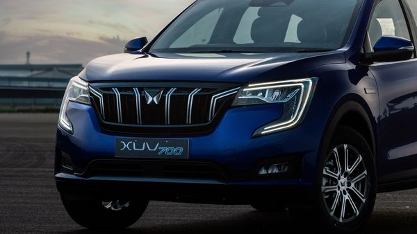 Mahindra XUV700 is all set to hit Indian car market soon. It is being touted as a massive statement of intent from Mahindra as it looks to expand its presence and tighten its grip in the SUV space.