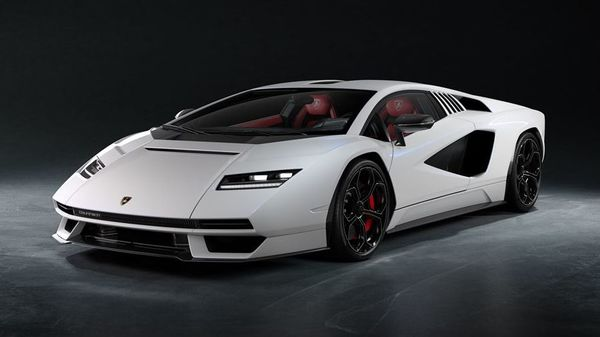 The all-new Lamborghini Countach LPI 800-4. (Lamborghini)