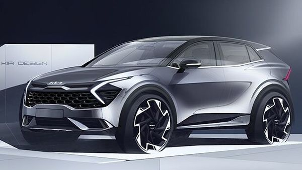 Kia has released the first official sketches of the new Sportage SUV for the European market ahead of its launch on September 1.