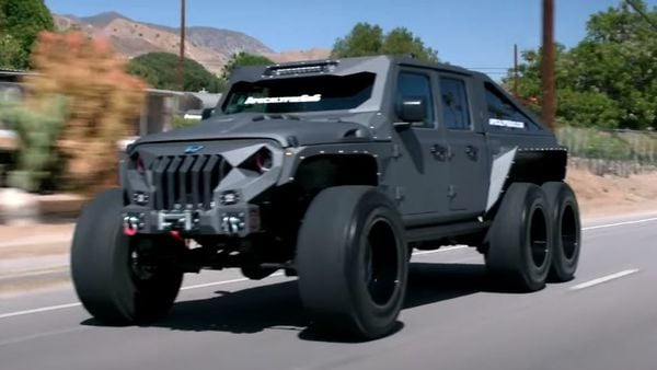 Apocalypse Hellfire 6x6 looks like a mean machine straight from a Hollywood sci-fi movie. Except, this monster is very real. (All images courtesy: Apocalypse Manufacturing)