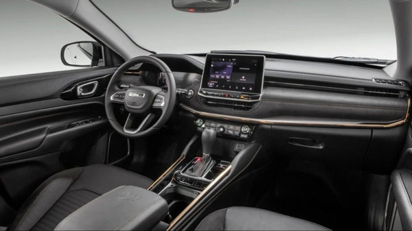 The interior of the Commander is dominated by a big 10.1-inch touchscreen infotainment system and an even bigger 10.25-inch fully digital instrument cluster. There are also nine Harman Kardon speakers and Alexa virtual assistant.