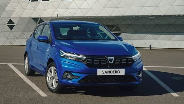 Dacia Sandero is preferred by many for its compact dimensions and capable drive traits in city limits.