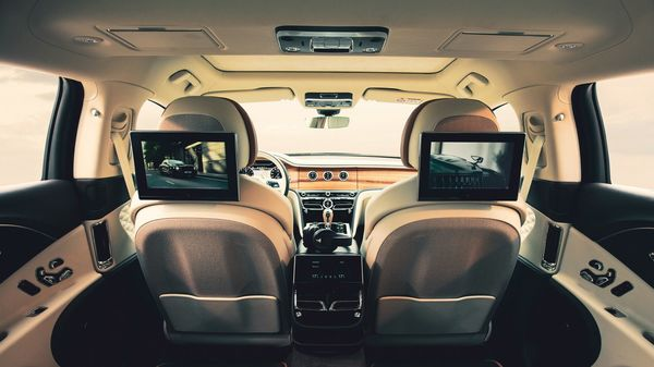 Bentley has updated the rear occupant entertainment systems of Bentayga and Flying Spur with new tab-like displays.