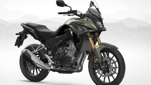 For 2022, Honda's new adventure tourer has gained a preload-adjustable Showa 41mm Separate Function Fork Big Piston (SFF-BP) upside-down front fork.