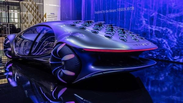 Mercedes-Benz has created this concept car in collaboration with Disney and it takes inspiration from the movie popular sci-fi movie, Avatar. However, the name AVTR stands for Advanced Vehicle Transformation. Vision AVTR has got 33 bionic flaps at its rear that can communicate with other cars, using natural flowing movements. The concept car in its stretched single-bow design is also environmental-friendly as the automaker has incorporated sustainable materials for its creation.