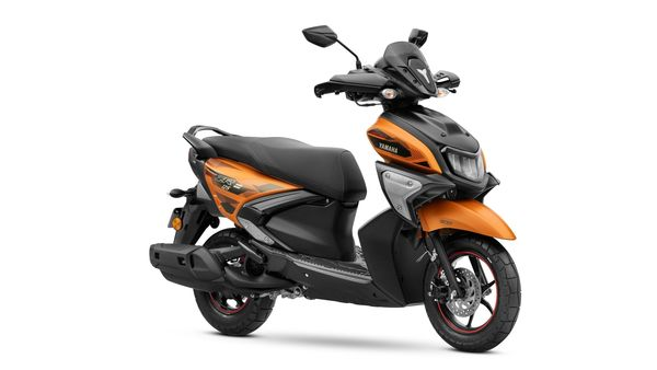 The new Yamaha RayZR 125 Fi and Street Rally 125 Fi are available in an overall choice of seven colours.