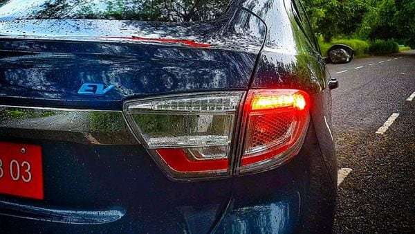 The LED taillights are only at the rear of the EV. The car also sports the EV badge all around it. (HT Auto/Sabyasachi Dasgupta)