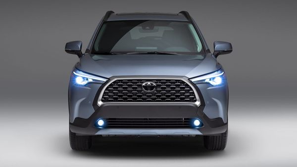 The all-new Corolla Cross will come with a distinctive black grille flanked by LED headlights with black body accents.