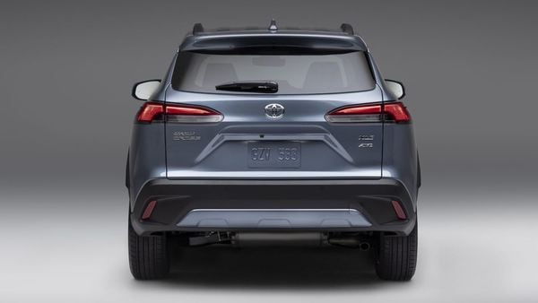 At the rear of the SUV it gets an integrated rear spoiler and LED taillights.