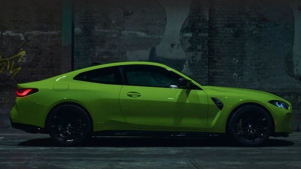 The all-new BMW M4 comes with a design that looks a bit like Ford Mustang GT from side profile.