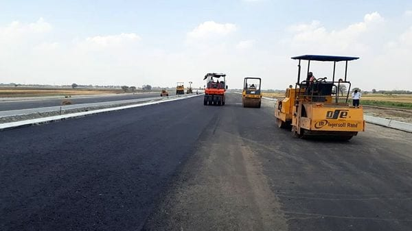 When ready, the Delhi-Mumbai Expressway will cut down the distance between the two cities by 280 kms.