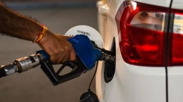 Diesel price has been increased on Friday after a gap of 19 days. (HT_PRINT)