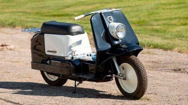 Harley-Davidson Topper scooter. (Mecum)