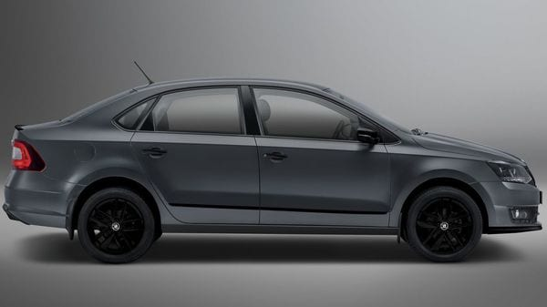 Skoda Rapid Matte Edition comes wearing a special paint theme.