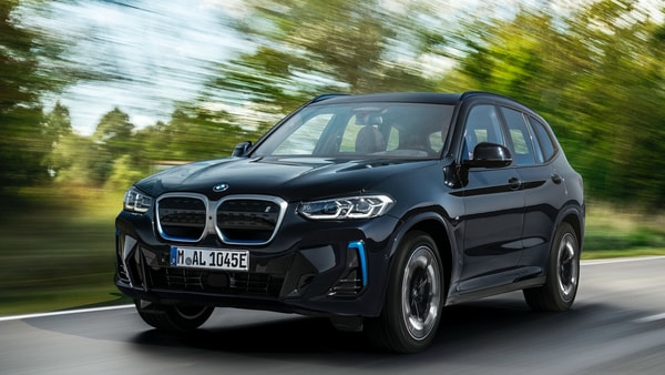 BMW is focusing to increase its market share in the EV market with new products.