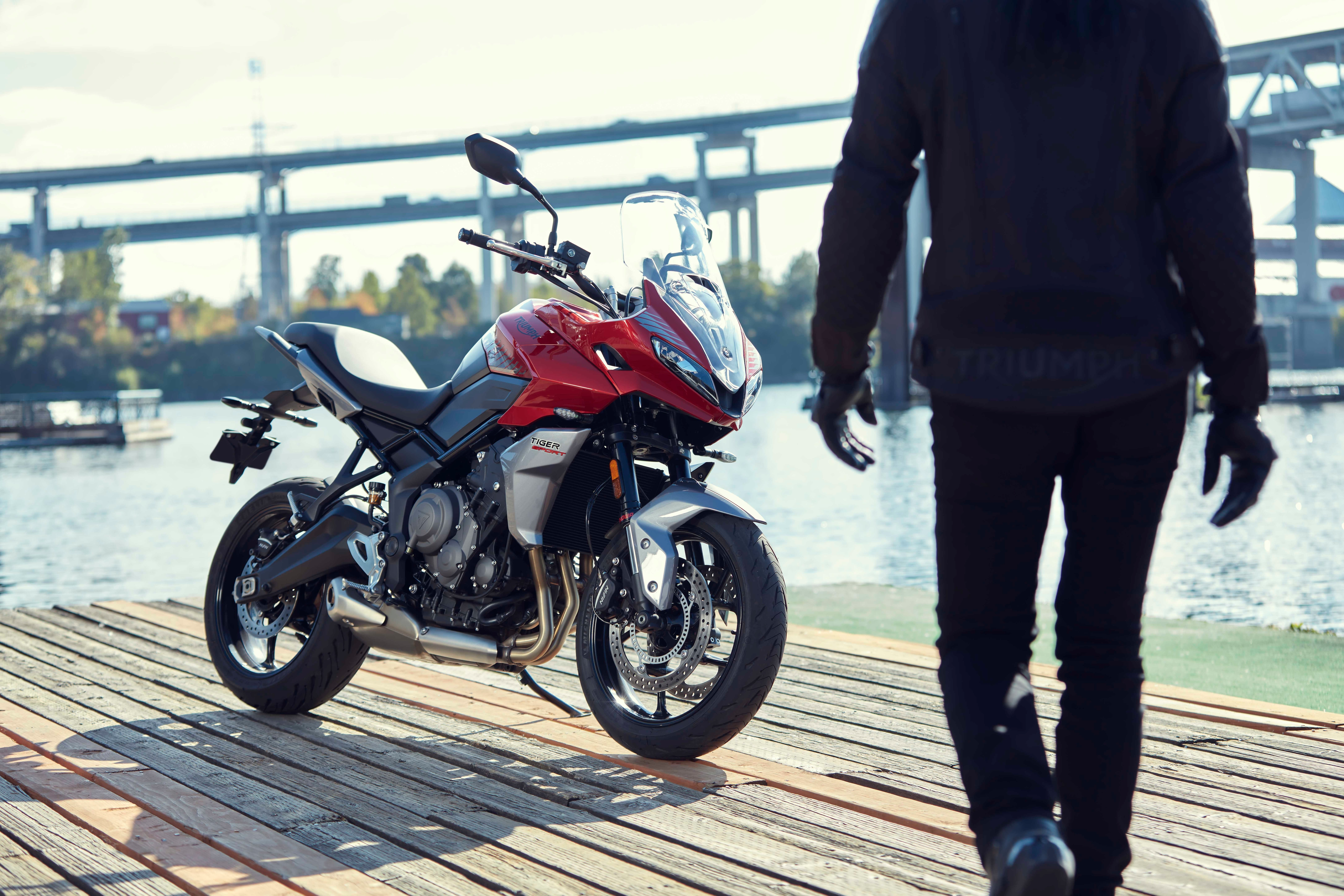 The Tiger Sport 660 has been offered with a class-leading 10,000 miles (16,000 km) or 12 months service interval.