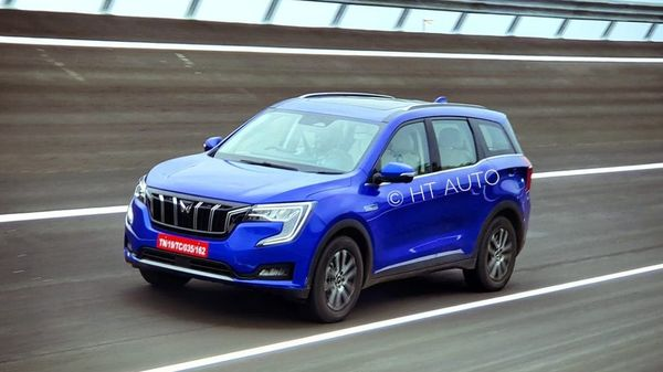 Mahindra XUV700 is looking at gaining some of the lost ground that the company ceded to rivals in the SUV space. The car maker has opened bookings for the SUV from today, (HT Auto/Sabyasachi Dasgupta)