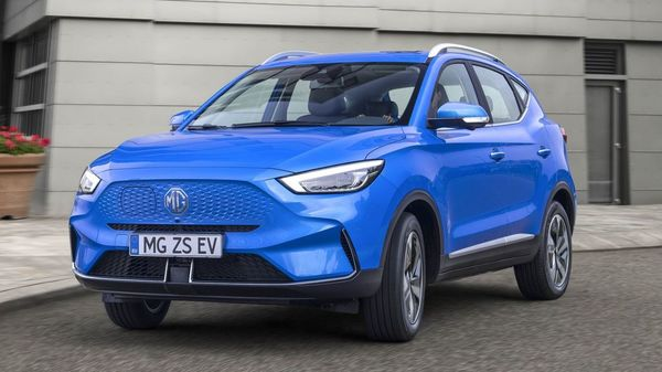 MG ZS EV facelift gets a front fascia minus any grille.