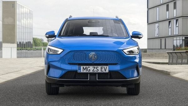 The company has ditched the grille and has replaced it with a covered plate for electric SUV. The front bumper too has been updated and side intakes come with sleek cuts. The LED headlights are also shaper compared to its outgoing model.