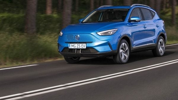 MG Motor has updated its ZS EV model for global markets with a number of significant changes. One of these which is per-charge range improvement to a figure of 439 km has attracted attention.