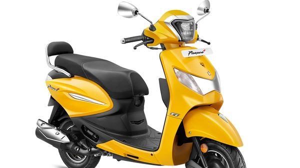 Hero Pleasure+ XTec is seen here in an exclusive yellow colour body finish.