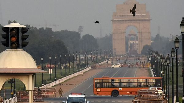 Delhi's air quality index was likely to stay in the moderate band for the next three days due to prevailing conditions. (Biplov Bhuyan/HT PHOTO)