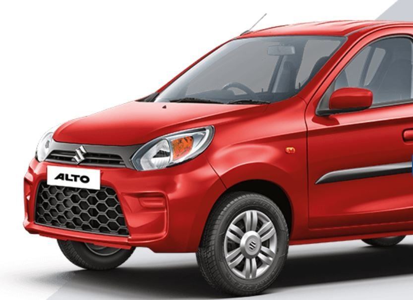 Alto-র দু'টি মডেল লঞ্চ করছে মারুতি সুজুকি। LXi মডেলের দাম পড়বে ৪.৩২ লক্ষ টাকা। LXi (O) ভার্সনের দাম পড়বে ৪.৬৩ লক্ষ টাকা। দুটি মডেলই প্রতি কিলোগ্রাম CNG-তে ৩১.৫৯ কিলোমিটার মাইলেজ দেবে বলে দাবি Maruti Suzuki-র।