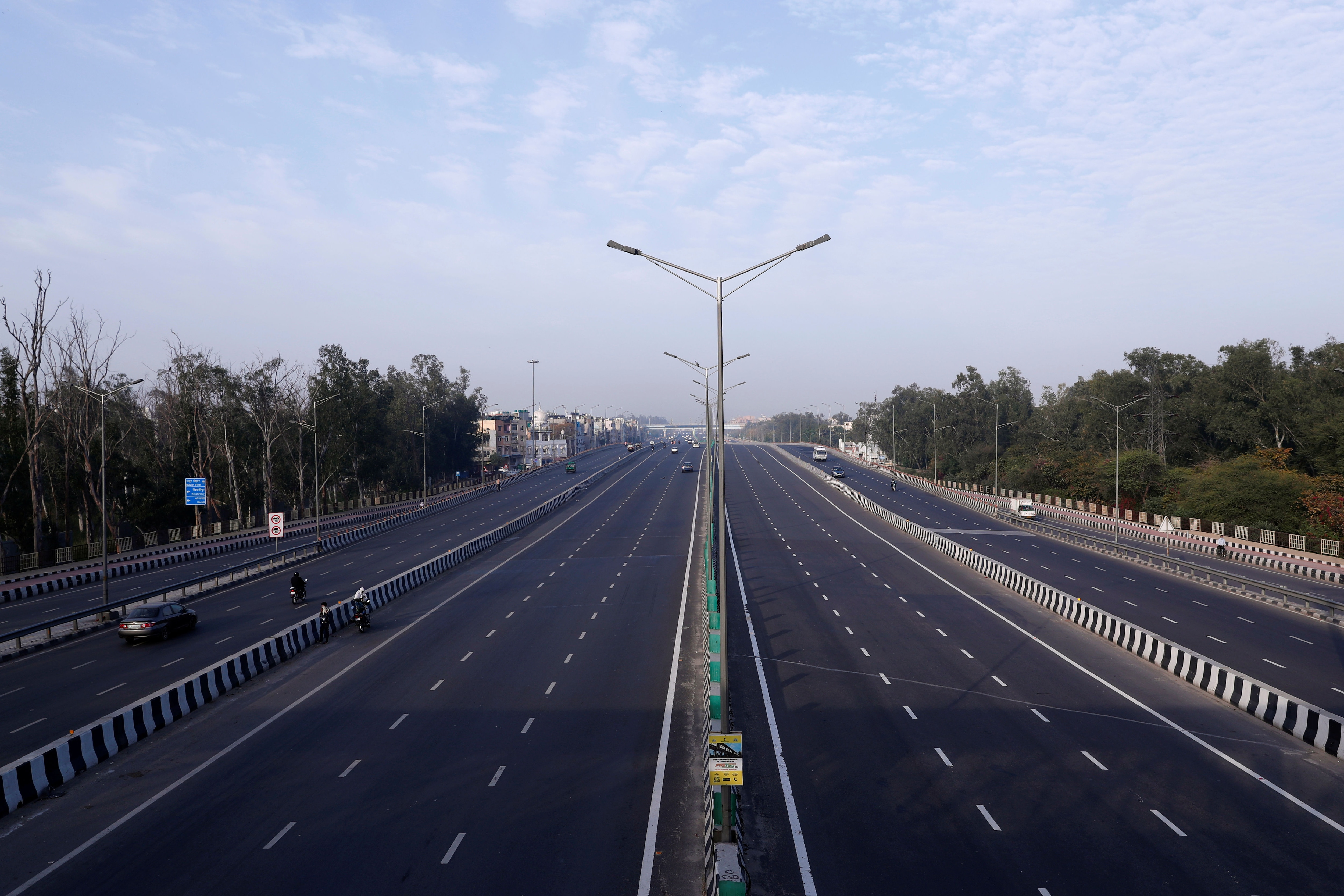 A general view shows an almost empty highway during lockdown by the authorities to limit the spreading of coronavirus disease (COVID-19), in New Delhi, India March 23, 2020. REUTERS/Adnan Abidi (REUTERS)