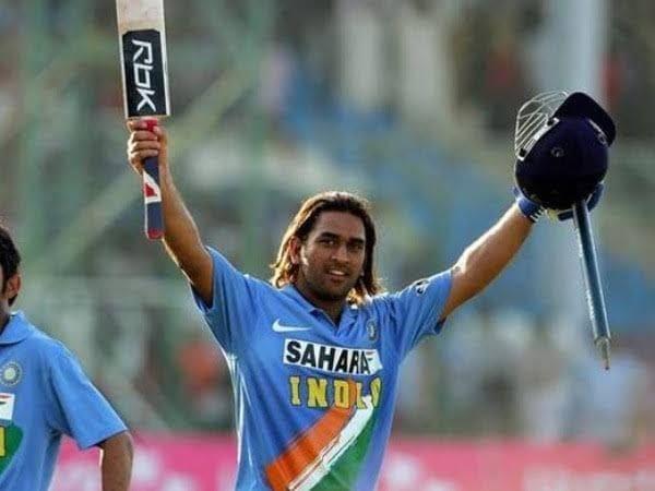 ২০০৫ সালে জয়পুরে শ্রীলঙ্কার বিরুদ্ধে ১৮৩ রানে অপরাজিত ছিলেন। যা একদিনের ম্যাচে উইকেট কিপারের সর্বোচ্চ রান। (ছবি সৌজন্য, টুইটার @BCCI)।