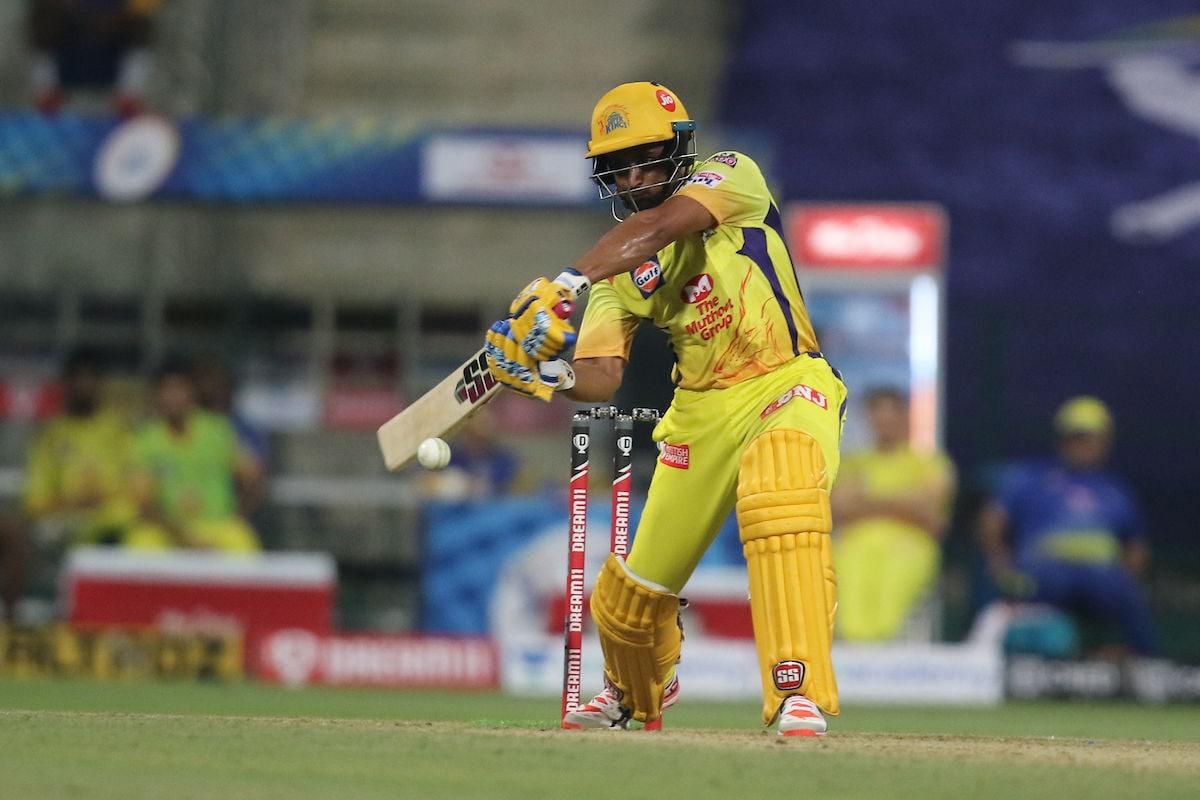 আম্বাতি রায়ডু : মুম্বই ইন্ডিয়ান্সের বিরুদ্ধে উদ্বোধনী ম্যাচে ৪৮ বলে ৭১ রান করেন। তবে ম্যাচ শেষ করে আসতে পারেননি। (ছবি সৌজন্য টুইটার @IPL)