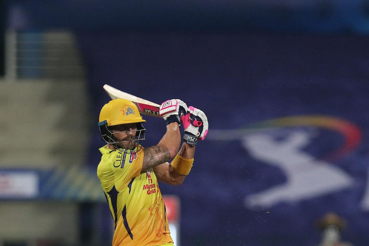 ফ্যাফ ডু'প্লেসিস : মুম্বইয়ের বিরুদ্ধে ৪৪ বলে ৫৮ রান করেন ডু'প্লেসিস। উদ্বোধনী ম্যাচে চেন্নাইয়ের জয় নিশ্চিত করেন তিনি। (ছবি সৌজন্য টুইটার @IPL)