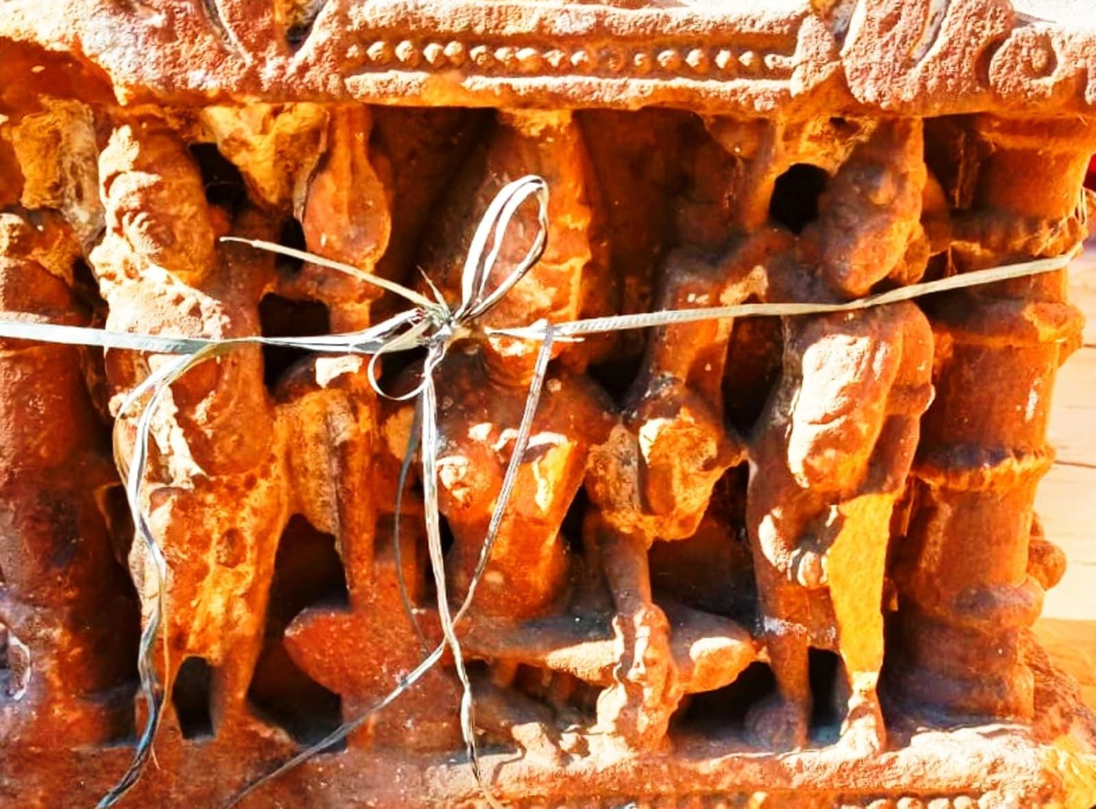 স্বাধীনতা প্রাপ্তির পরেও মূর্তিগুলি ঝালওয়ারে ফিরে আসেনি, যদিও এখানে ১৯১৫ সালেই পুরাতত্ত্ব সংগ্রহশালা নির্মাণ হয়ে গিয়েছিল।