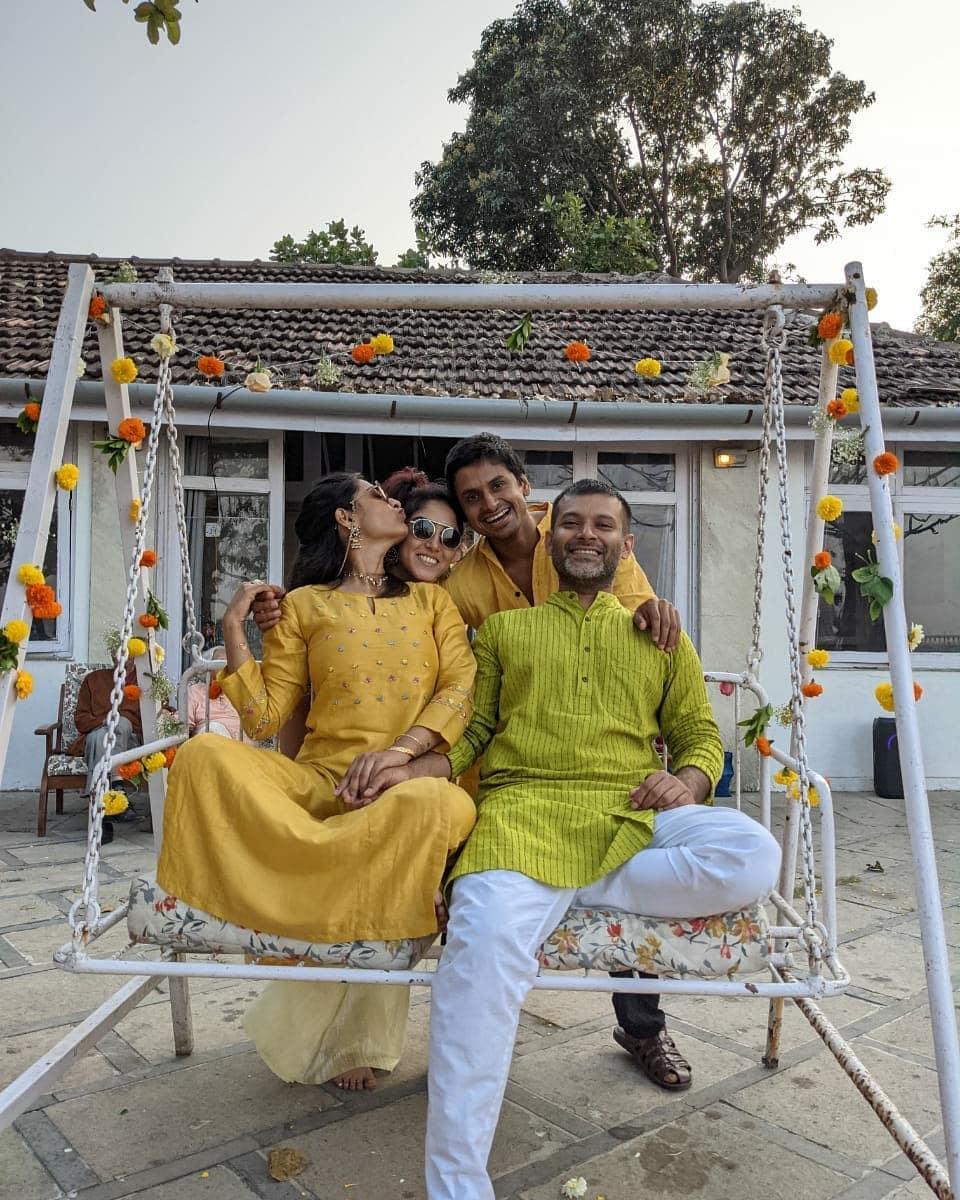 ছবির পরিচালনাতেও অভিজ্ঞতা রয়েছে জায়েনের। ২০১৬ সালে 'কাপুর এন্ড সনস'-এ সহকারী পরিচালক হিসাবে কাজ করেছেন জায়েন।