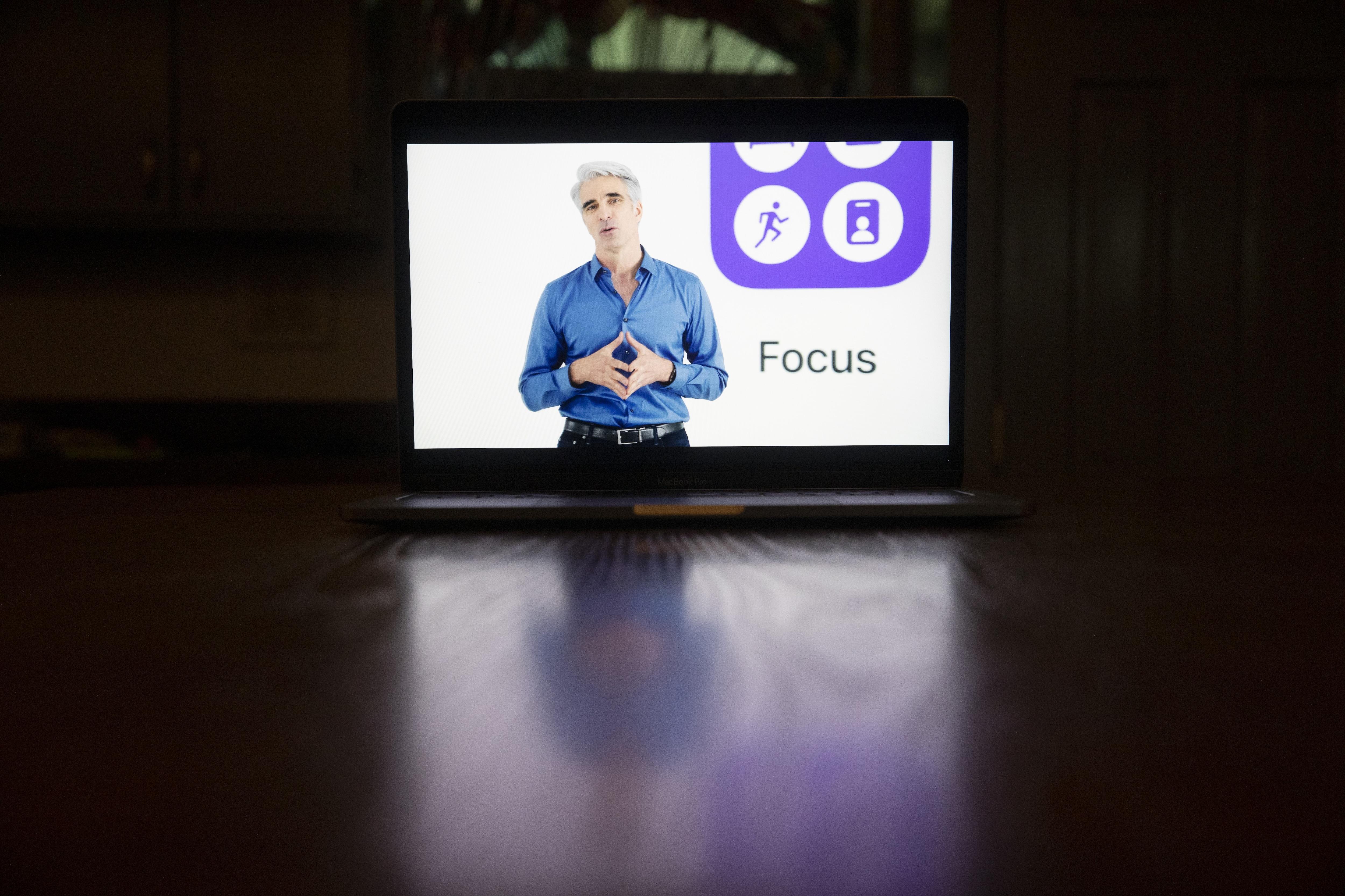 ম্যাকওএস মনিটারি (macOS Monterey) : ফোকাস মেডের (Focus mode) মতো সুবিধা আছে। (ছবি সৌজন্য ব্লুমবার্গ)